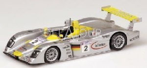 Audi R8 #2 24H LeMans 2001
