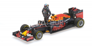 Red Bull RB12 #3 D. Ricciardo Austrian 2016