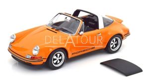 Porsche 911 Targa Singer Orange