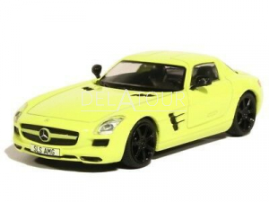 Mercedes-Benz SLS Coupe 6.3 AMG 2010 Yellow