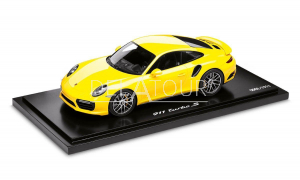 Porsche 991-2 Turbo S Coupe 2015 Yellow